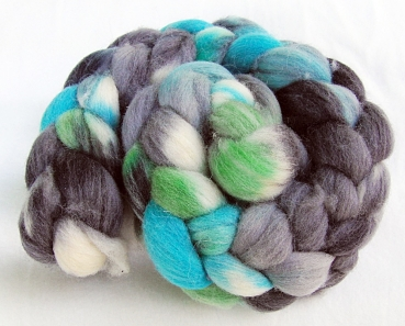 Merino Wool Roving -Hand Dyed 100g 5.3 oz.  Nr. 123