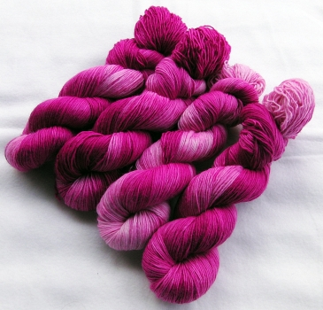 Merino SINGLE yarn,100g 3.5 oz.Nr. 151